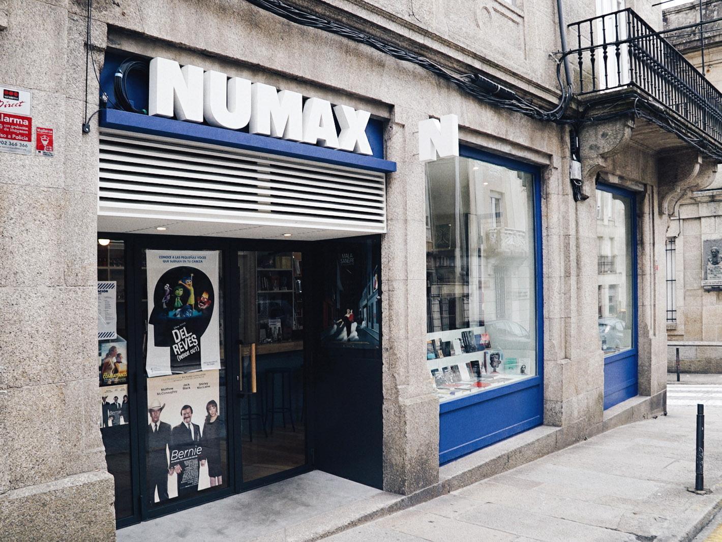 Mumax foto.jpg
